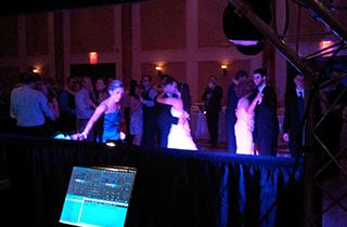 Guidelines for hiring the proper wedding reception DJ